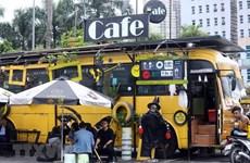 河内的环保巴士咖啡馆 (组图)