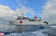 组图:越南军医船561号—东海上的移动医院