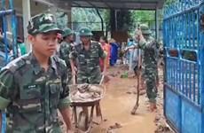 广治省边防部队协助灾民渡过洪灾难关