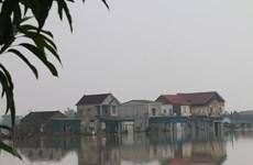 组图:乂安省洪水消退缓慢  数千名学生暂时无法上学