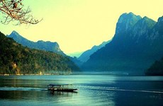 坐落在山腰上的越南最大淡水湖——三海湖