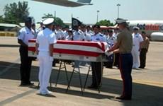四名越战失踪美军遗骸装运回国