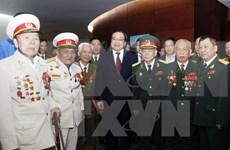 河内市举行参加抗法战争的首都老战士、老先锋青年见面会