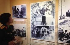 """""""1946年冬季英雄之歌""""资料图片展在河内举行"""