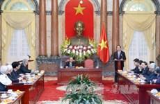 陈大光主席会见越南援柬专家联络委员会代表