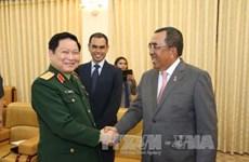 马来西亚国防部副部长访问越南