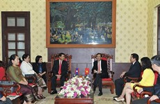 老挝《人民报》社代表团对越南进行工作访问