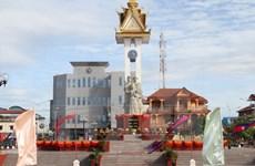 越柬友谊纪念碑修缮工程项目竣工仪式在柬埔寨磅同省举行