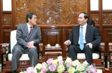 越南国家主席陈大光会见日本驻越大使梅田邦夫