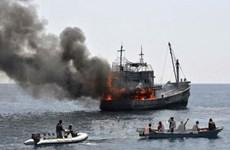 印度尼西亚坚持炸沉非法捕鱼的外国渔船的政策