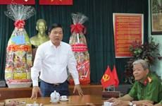 胡志明市领导开展春节走访慰问活动