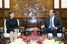 国家主席陈大光会见新加坡驻越大使凯瑟琳