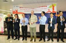 胡志明市迎来首位持电子签证的国际游客