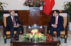 越南政府副总理兼外交部长范平明会见印度驻越南大使