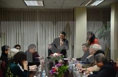 越南国会副主席丛氏放亲切会见旅美越侨