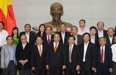 阮春福总理会见广义省历届领导干部代表