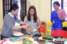 旅居马来西亚越南人社团迎接3·8国际妇女节