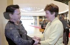 国会主席阮氏金银:越南承诺有效利用世行的援助资金