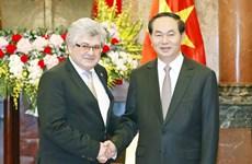 国家主席陈大光:越南十分重视巩固和发展对瑞关系