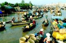 越南前江省生态旅游吸引游客的关注