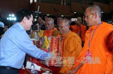 王廷惠副总理向朔庄省高棉族同胞致以新年祝福
