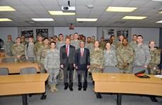 越南驻美大使范光荣访问美国军事学院