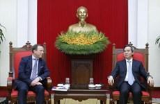 越共中央经济部部长阮文平:越南一向欢迎欧洲企业赴越投资