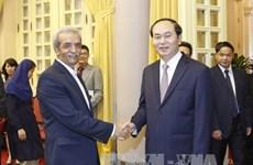 国家主席陈大光:越南一如既往欢迎伊朗企业来越投资