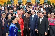国家主席陈大光:应把保护和发展民族文化遗产与促进经济社会发展相结合