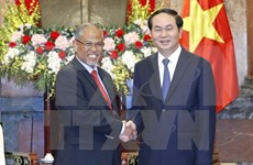 陈大光主席:越南追求经济社会发展时不忽略环境保护