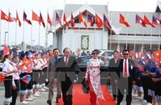 阮春福总理访问柬老两国   进一步增进越柬和越老团结友好关系和政治互信
