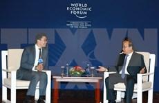 政府总理阮春福出席2017年世界经济论坛东盟峰会的相关活动报道