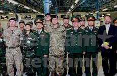 越南与英国加大参与维和行动的合作力度