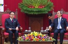 越共中央经济部部长会见日本经济产业省大臣