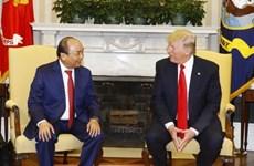 越南政府总理阮春福与美国总统特朗普举行会谈