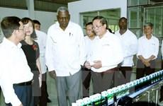 古巴国会高级代表团访问越南山罗省