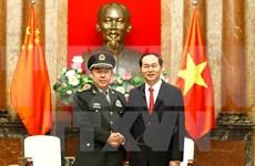 国家主席陈大光会见中共中央军委副主席范长龙