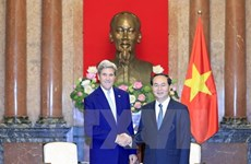 国家主席陈大光会见美国前国务卿约翰·克里