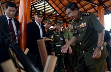 柬埔寨首相洪森重访平福省