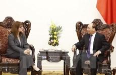 越南政府总理阮春福会见以色列驻越南大使