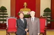 越共中央总书记阮富仲会见柬埔寨国会主席韩桑林