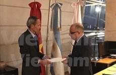 阿根廷外交部长高度评价越南发展成就