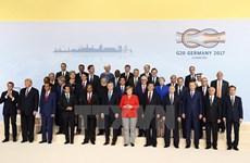 越南政府总理阮春福出席二十国集团汉堡峰会并发表重要讲话