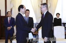 陈大光会见芬兰和希腊驻越大使