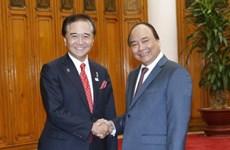 政府总理阮春福会见日本神奈川县知事黑岩佑治