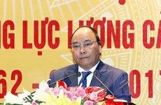 阮春福总理:提高人民警察队伍素质 在新形势下满足新要求