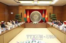 越南国会主席与孟加拉国国民议会议长举行会谈