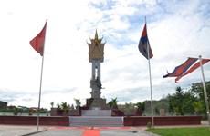 越柬友谊纪念碑在马德望省正式落成