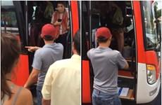 越南网传的随车人员对外国乘客不文明的行为将受到严惩