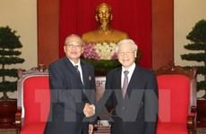 越共中央总书记阮富仲会见柬埔寨人民党中央监察委员会代表团